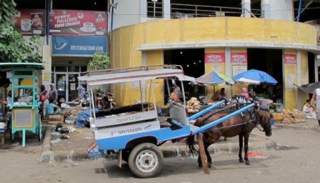 Kebon Roek Traditional Market